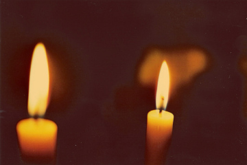 1024px-Two_Candles-effects